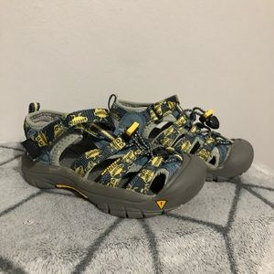 Keen Waterproof H2 Sandal Hiking Shoes